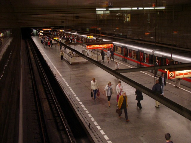 prague dating subway